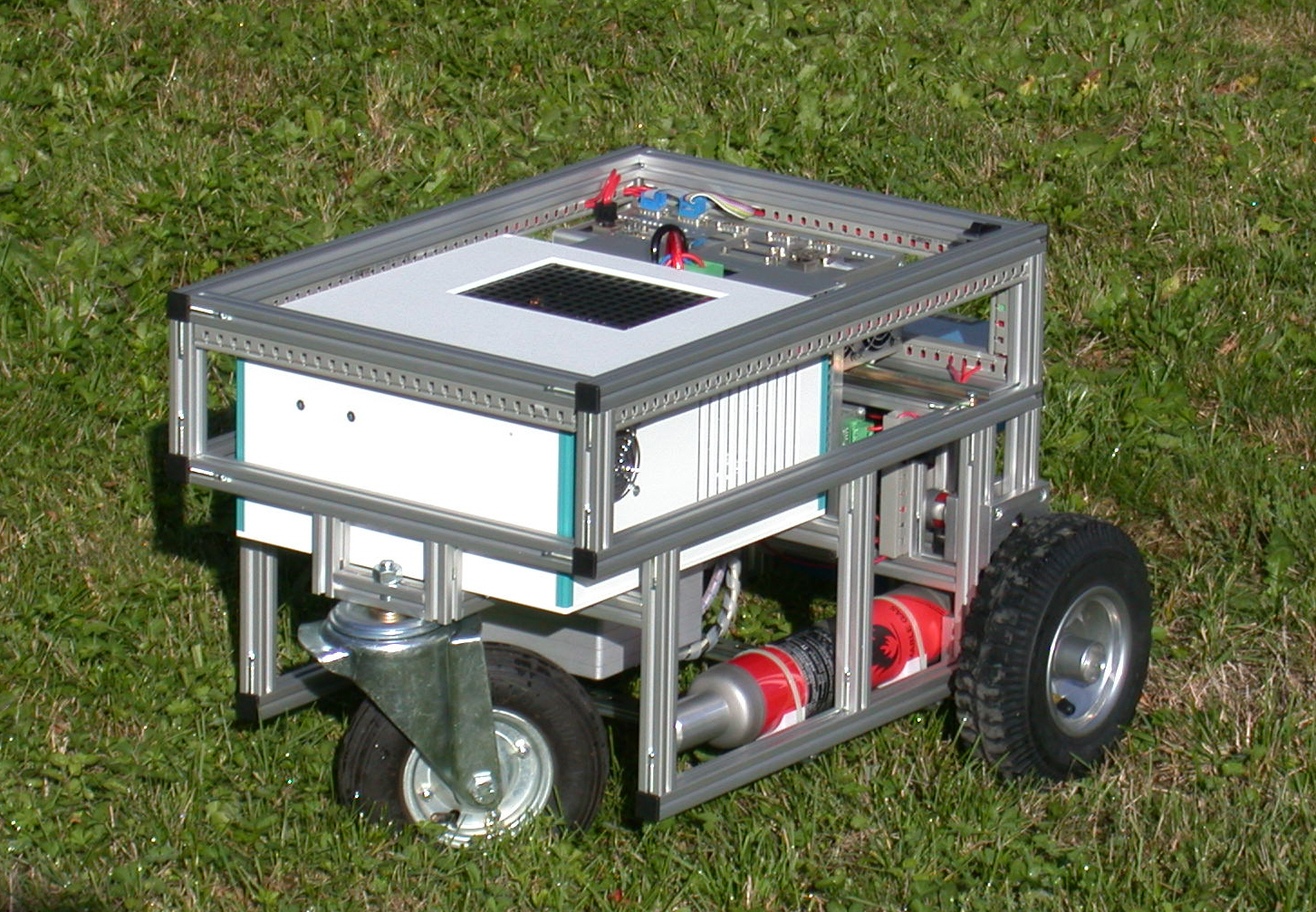 Fuel cell for small traction (2007)